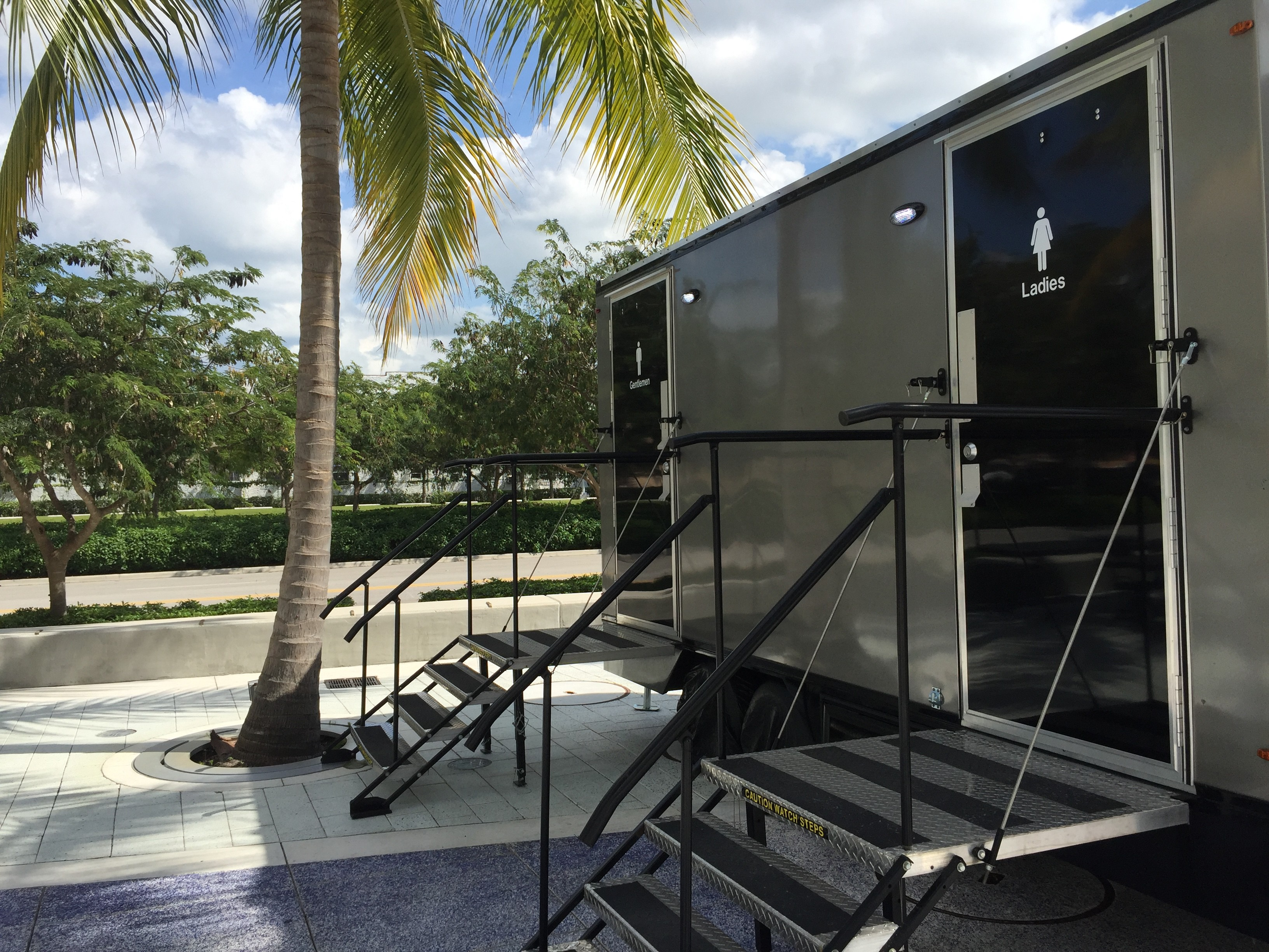 YML Portable Restrooms Rental Services – Florida Events