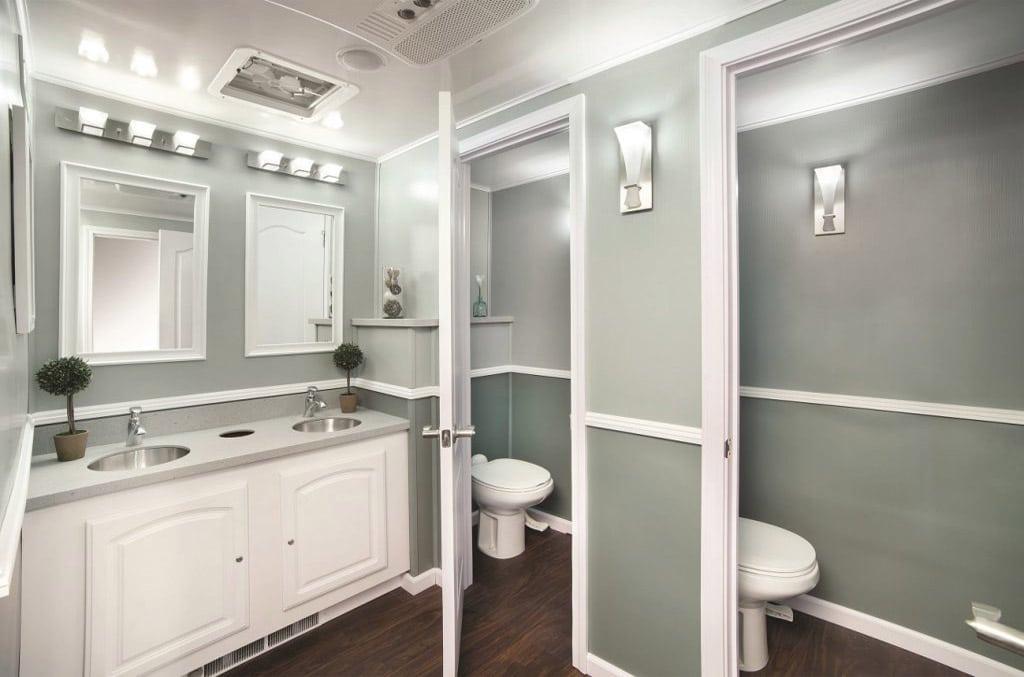 4 Unique Features Of Luxury Portable Bathroom Rentals