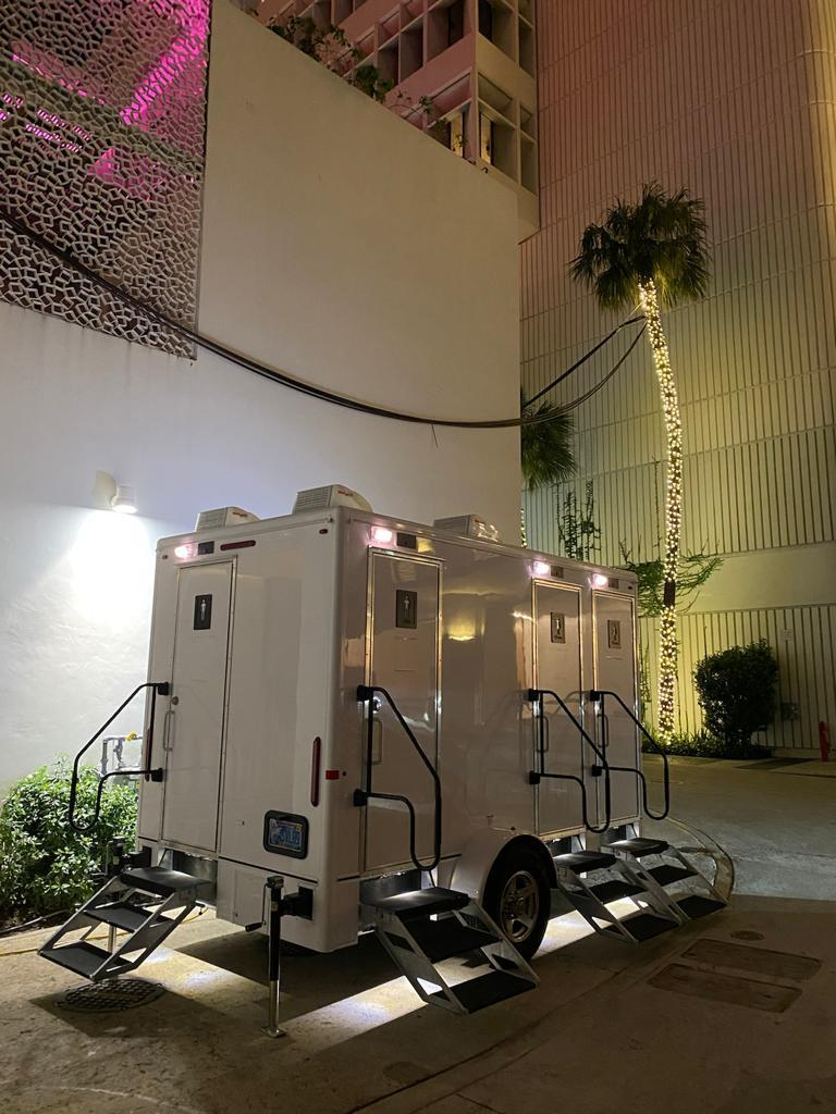 How To Choose A Good Professional Portable Restrooms Company For My Holiday Event?